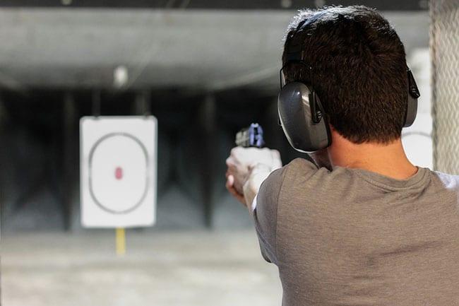 Benefits of Shooting at an Indoor Gun Range